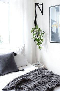 12 IKEA Hacks to Keep Your Houseplants Happy Get more greenery at home, and keep more green in your wallet. - 12 IKEA Hacks to Keep Your Houseplants Happy Ikea Shelf Brackets, Ikea Shelves, Hanging Shelves, Shelves With Plants, Hang Plants From Ceiling, Ikea Hooks, Ikea Shelf Hack, Easy Shelves, Room Shelves