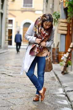 Keeping it Casual with Leather Oxfords | Florence, Italy | Sage + Sparkle
