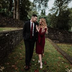 On the blog today link in profile Here is a first look at Allyssa and John's engagement session. @knoxvilleengagement #knoxville engagementsession #knoxvillebotanicalgardens #knoxvillebride #knoxvilleweddingphotographer #knoxvillephotographer #photography #tbt #follow #followme #happy #engaged #engagementphotos
