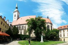 Martin's Cathedral is the largest and finest, as well as one of the oldest churches in Bratislava in which Queen Maria Theresa was crowned. Maria Theresa, One Day Trip, Catacombs, Bratislava, Cathedral, Things To Do, Mansions, House Styles, Things To Doodle