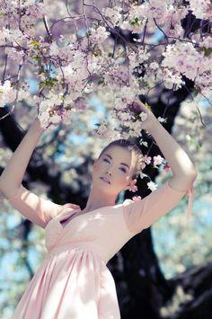 Princesse du jardin - Fairytales Series Photography by Daniela Majic  <3 <3