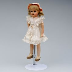 Martta-nukke, k 49 cm, kädet keramiikkaa. Girls Dresses, Flower Girl Dresses, Martini, Harajuku, Wedding Dresses, Design, Style, Fashion, Dresses Of Girls