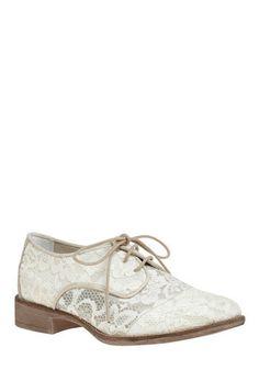 #modcloth lace oxfords! <3