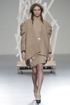 Leyre Valiente AW13
