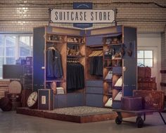 pop up stores | Unusual pop up store in giant suitcase