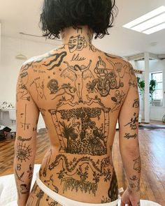 Even though I know we are much more than our bodies It took me 30 years and over tattoos to feel comfortable in mine and now I… Tattoo Girls, Girl Tattoos, Tatoos, Men Tattoos, Brust Tattoo Frau, Body Art Tattoos, Sleeve Tattoos, Full Body Tattoos, Small Tattoos