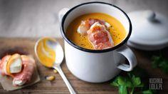 Zupa z marchwi i batatów z kozim serem