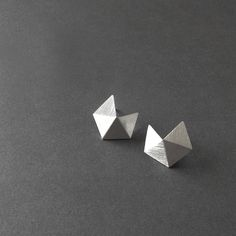 Hey, I found this really awesome Etsy listing at https://www.etsy.com/uk/listing/199326767/sterling-silver-stud-earrings-small