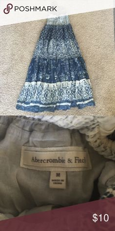 Abercrombie and Fitch Halter Dress This beautiful halter dress is in perfect condition! Smoke and pet free home! Abercrombie & Fitch Dresses Maxi
