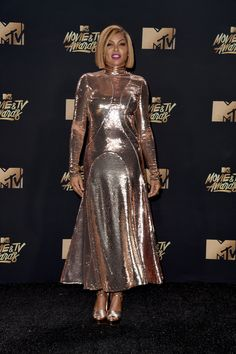 Taraji P. Henson Sequin Dress - Taraji P. Henson was a standout in her rose-gold Emilio Pucci sequin dress at the 2017 MTV Movie and TV Awards. Tv Awards, Mtv Movie Awards, Awards 2017, Gold Dress, Sequin Dress, Plus Dresses, Nice Dresses, Celebrity Dresses, Celebrity Style