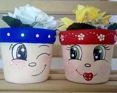 Best 12 no tutorial just a picture link is broken – SkillOfKing. Flower Pot Art, Flower Pot Design, Clay Flower Pots, Flower Pot Crafts, Clay Pots, Clay Pot Projects, Clay Pot Crafts, Diy And Crafts, Crafts For Kids