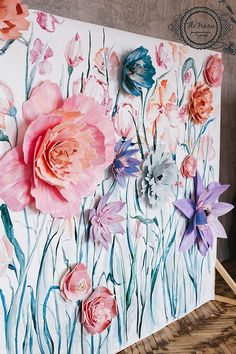 The best DIY projects & DIY ideas and tutorials: sewing, paper craft, DIY. Diy Crafts Ideas Possible DIY: paper flower backdrop. Diy Paper, Paper Art, Paper Crafts, Diy Crafts, Paper Flower Art, Giant Paper Flowers, Flower Canvas, Flower Crafts, Diy Flowers