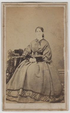 CDV CA 1860s Woman w Fur on Wrists Clark 039 s Photographic Rooms Richmond IL | eBay