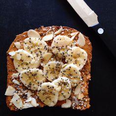 Power Toast #breakfast #easy #quick https://greatist.com/eat/insanely-easy-blogger-breakfasts