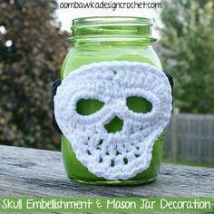 Halloween Skull Embellishment - Mason Jar Halloween Decoration #crochet #halloween #skull