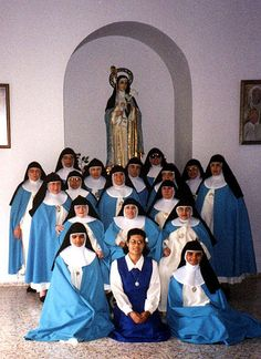 Ceremony and heading of the Spanish Church - Franciscan Concepcionistas - Religious Habits