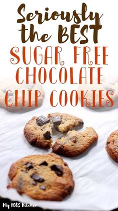 These soft and chewy sugar free chocolate chip cookies are the best low carb cookies ever! Such an easy recipe to make, filled with lots of chocolate, you'll want to make these almond flour chocolate chip cookies every day. Crispy Chocolate Chip Cookies, Crispy Cookies, Sugar Free Chocolate Chips, Low Carb Chocolate, Keto Cookies, Sugar Free Cookies, Muffins, Almond Flour, Pcos Diet