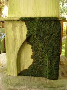 Faux carpet moss for tombstones