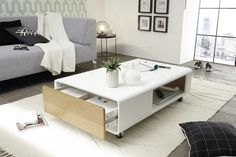 Konferenčný stôl Corin - Moderné zrkadlá, dizajnové stoly a stoličky Center Table Living Room, Furniture, Home Decor, Design, Products, White Shellac, Tall Drawers, Bed Drapes, Home Decoration