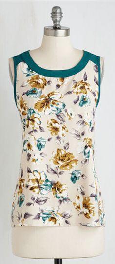 sweet floral sleeveless blouse