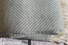 Deka z merino vlny rybia kosť – Aqua Blankets, Aqua, Beanie, Water, Blanket, Beanies, Cover, Comforters, Beret