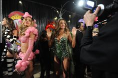 Victorias Secret Fashion Show 2012 - Various Runway part 2 (99 HQ pictures)  #AdrianaLima #AlessandraAmbrosio #BarbaraPalvin #BehatiPrinsloo #BregjeHeinen #CameronRussell #CandiceSwanepoel #CaraDelevingne #DoutzenKroes #ErinHeatherton #HilaryRhoda #IzabelGoulart #JessicaHart #JoanSmalls #LilyAldridge #MagdalenaFrackowiak #MirandaKerr #Rihanna #ShaninaShaik #ShuPei #ToniGarrn #VictoriasSecretFashionShow #Victoria'sSecret #vsfs #lingerie #vsfashionshow #runway See full set…