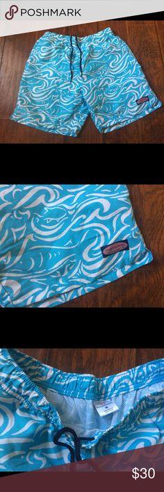 Vineyard vines medium swim trunks shorts Good condition Vineyard Vines Swim Swim Trunks