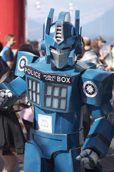 Transformers TARDIS CosPlay