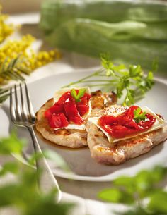 Lomo con queso y pimiento. Lomo con queso y pimientos Healthy Diet Tips, Healthy Recipes, Healthy Meals, Menu Leger, Cooking London Broil, How To Cook Ribs, Fajitas, Bruschetta, Dinner Recipes