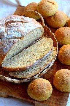 Runebergin päivä mennä viuhahti taas ohi, ja Runebergin torttujen teko jäi jälleen. Mutta jotain muuta tuli kuitenkin leivottua. Vaikka heilun… Bread Recipes, Graham, Rolls, Baking, Bread Rolls, Bakken, Bread, Backen
