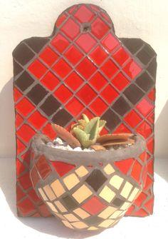 Maceta de pared tipo aguamanil #mosaicos #mosaic #mosaicocolombia