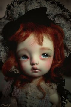 Esthy, a French BJD collector, and photographer