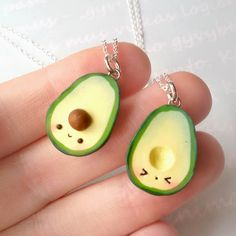 There's something about food with faces that just makes me very happy. Especially when it involves fruit such as strawberries and avocados. Let's meet some of the cutest avocados out there ^_^ The …