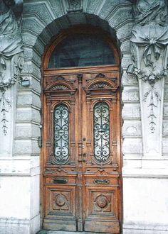 Puerta francesa de madera
