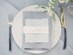 Silver and gold place setting | wedding reception | Wind Part II via oncewed.com