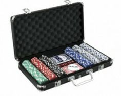 Get Your Very Own Smiledrive Casino Poker Chip Set and Live It Up!