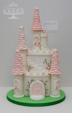 Die 42 Besten Bilder Von Schloss Torte Birthday Cakes Princess