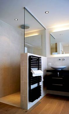 Efh oberwil-lieli moderne badezimmer von füglistaller architekten ag modern , mater bathroomiscompletely important for your home. Whether you choose the bathroom remodel shiplap or small laundry room, you will create the best di. Douche Design, Small Bathroom Storage, Bathroom Organization, Shower Inspiration, Minimalist Bathroom, Modern Minimalist, Minimalist Design, Bathroom Interior Design, Interior Ideas