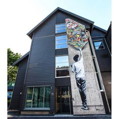Street Artist Martin Whatson Combines Art and Graffiti in the Most Brilliant Ways - UltraLinx