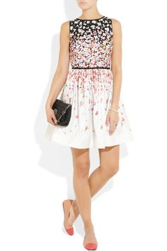 Adorable Red Valentino spring dress