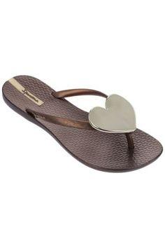 Ipanema / Different. Sandals, Shoes, Fashion, Moda, Shoes Sandals, Zapatos, Shoes Outlet, Fashion Styles, Shoe