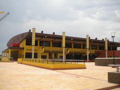 Piscina cubierta y polideportivo El Campello (Alicante)