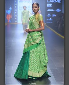 Check out these top designer sari blouse styles to inspire your festive wardrobe this year. These designer sari blouses can accentuate your looks in weddings. Silk Saree Blouse Designs, Lehenga Designs, Saree Draping Styles, Saree Styles, Indian Attire, Indian Wear, Indian Dresses, Indian Outfits, Mode Bollywood