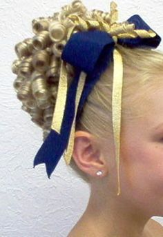 35 Things Every Cheerleader Will Understand.Our exact competition hair! Updo Styles, Curl Styles, Curly Hair Styles, Pretty Hairstyles, Wig Hairstyles, Cheerleading Cheers, Cheerleading Hair, Competition Hair, Barrel Curls