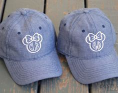 Disney Monogram / Disney Outfit / Minnie Mouse Monogrammed Hat / Monogrammed by OysterBayEmbroidery on Etsy Disney Mode, Disney 2017, Disney Day, Disney Nerd, Disney World Trip, Cute Disney, Disney Style, Disney Trips, Disney Cruise