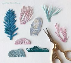 Diana Toledano / Illustration: Paper pieces waiting to be used on an illustration for a picture book.