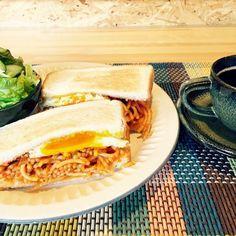 昨日残ったパスタをサンドウィッチに♡ - 39件のもぐもぐ - スパサンドの朝食(o^^o) by rinruru810