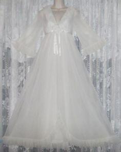 VTG-Bridal-Winter-White-Evette-Sheer-Chiffon-Peignoir-Robe-Nightgown-Gown-S-M