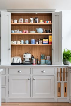 The Wild Wood Kitchen is an example of a handcrafted Shere Kitchen to show the craftmanship of our work and give you ideas for your bespoke kitchen Kitchen Cabinet Makers, Kitchen Storage, Kitchen Cabinets, Kitchen And Bath, New Kitchen, Kitchen Ideas, White Wood Kitchens, Handmade Kitchens, Bespoke Kitchens