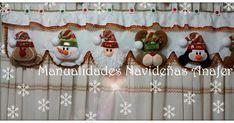 ¡Adorna tus cortinas esta Navidad! Hermosa cenefa elaborada en paño lency y decorado con motivos navideños: Noel, Nieve, Pingüino, Reni... Holidays And Events, Diy And Crafts, Santa, Christmas Ornaments, Holiday Decor, Home Decor, Navidad Diy, Irene, Veronica